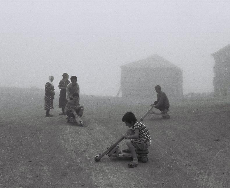 """""""საველე კვლევა, 2009. @თამთა ხალვაში""""."""